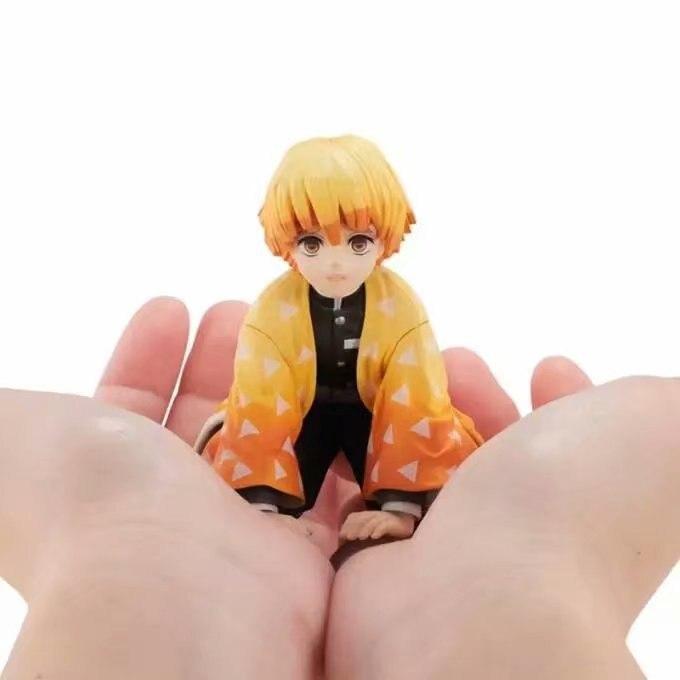 15cm Anime demon slayer Kimetsu no Yaiba Agatsuma Zenitsu action figure Figurines PVC model toy