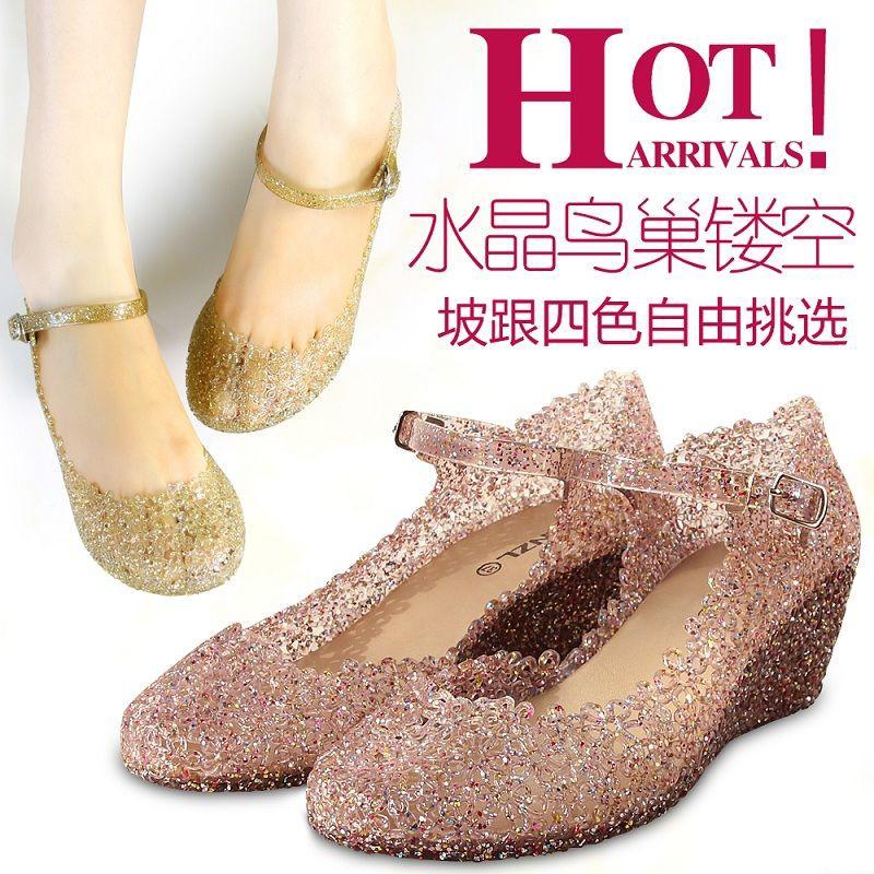 รองเท้าส้นสูง หัวแหลม ส้นเข็ม ใส่สบาย New Fshion รองเท้าคัชชูหัวแหลม  รองเท้าแฟชั่นรองเท้าแตะคริสตัลรองเท้าผู้หญิงลิ่มรอ