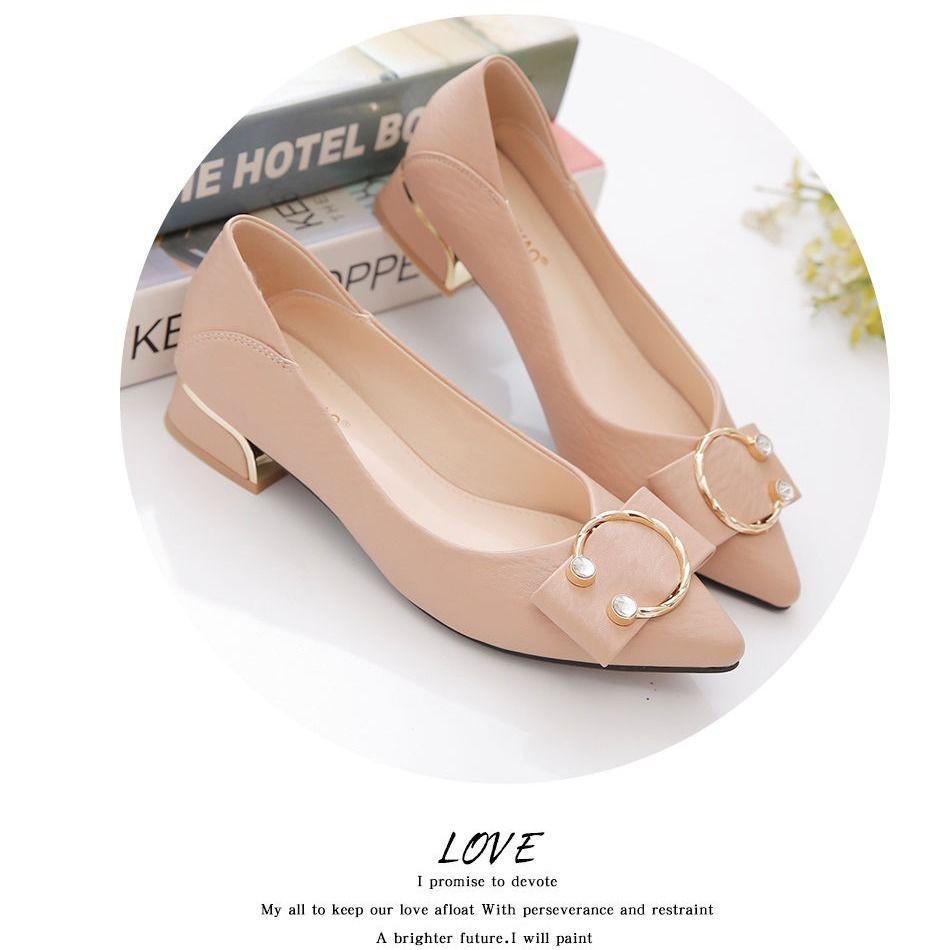 รองเท้าผู้หญิง🌺รองเท้าคัชชู หัวแหลม รองเท้าคัชชูเปิดส้น รองเท้าเดี่ยวผู้หญิงปี ใหม่ฤดูใบไม้ผลิและฤดูใบไม้ร่วงพื้น