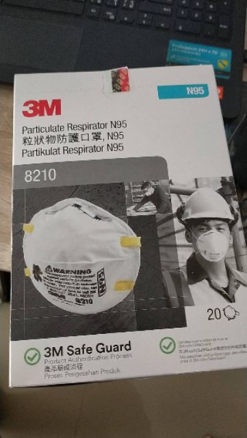 3M 8210 N95 หน้ากากป้องกันฝุ่นละอองมาตรฐาน N95 (20ชิ้น/1กล่อง)