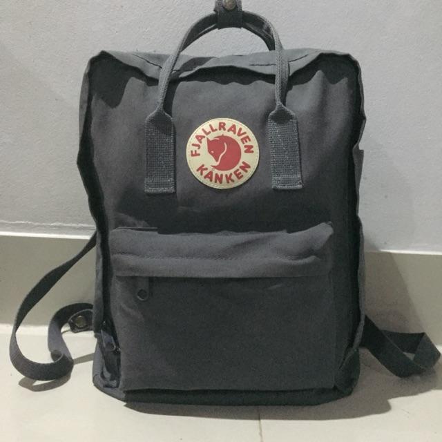 กระเป๋ามือสอง ยี่ห้อ fjallraven kanken(ขายแล้ว)