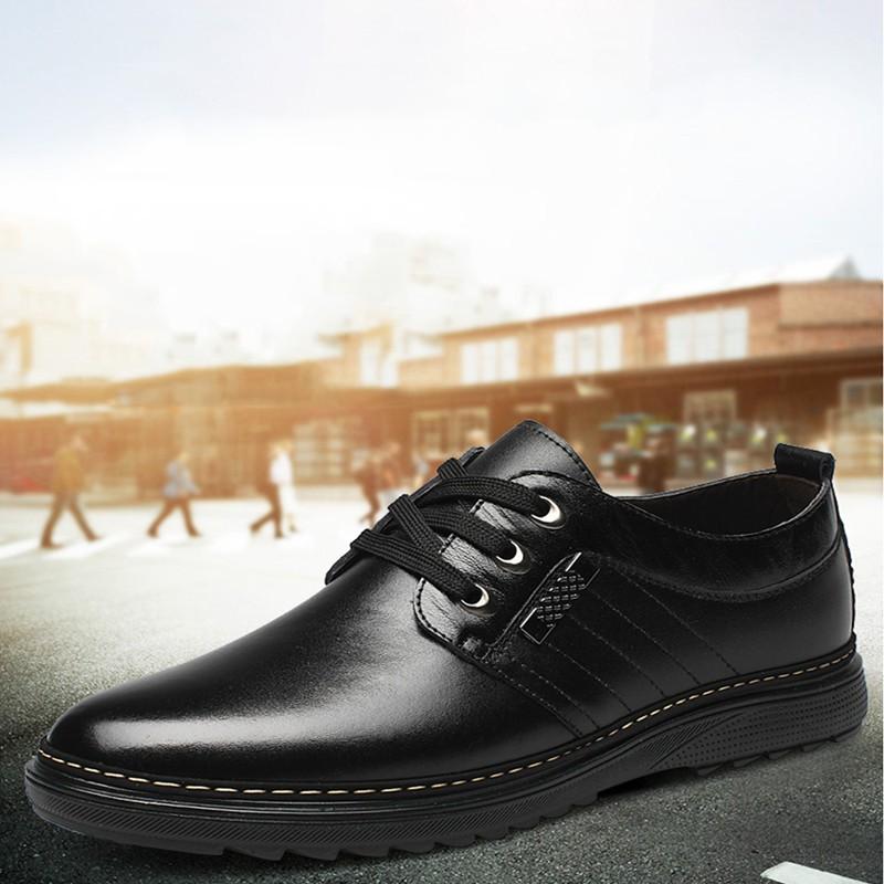 ✷❀✴ROYALLOVERS  รองเท้าคัชชูหนังผู้ชายแบบผูกเชือก CM545 สีดำ ไซส์ 39-46