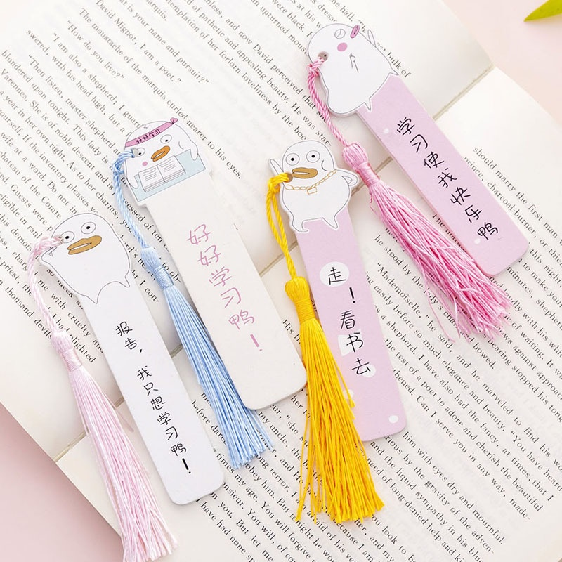 Creative cartoon bookmarks lovely wooden primary school students learning stationery books with scale ruler wooden bookmarks