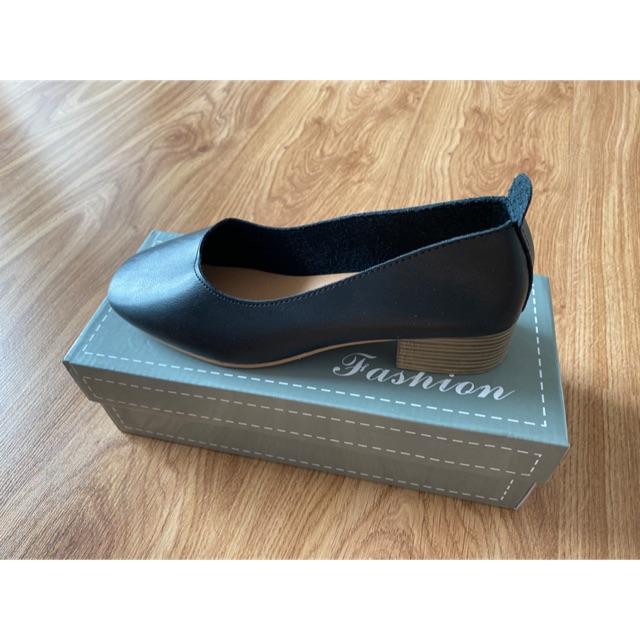รองเท้าคัชชู สีดำ size37