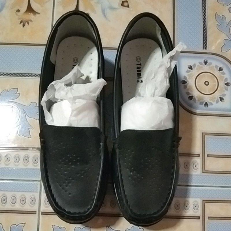 รองเท้าคัชชูพยาบาลสีดำ