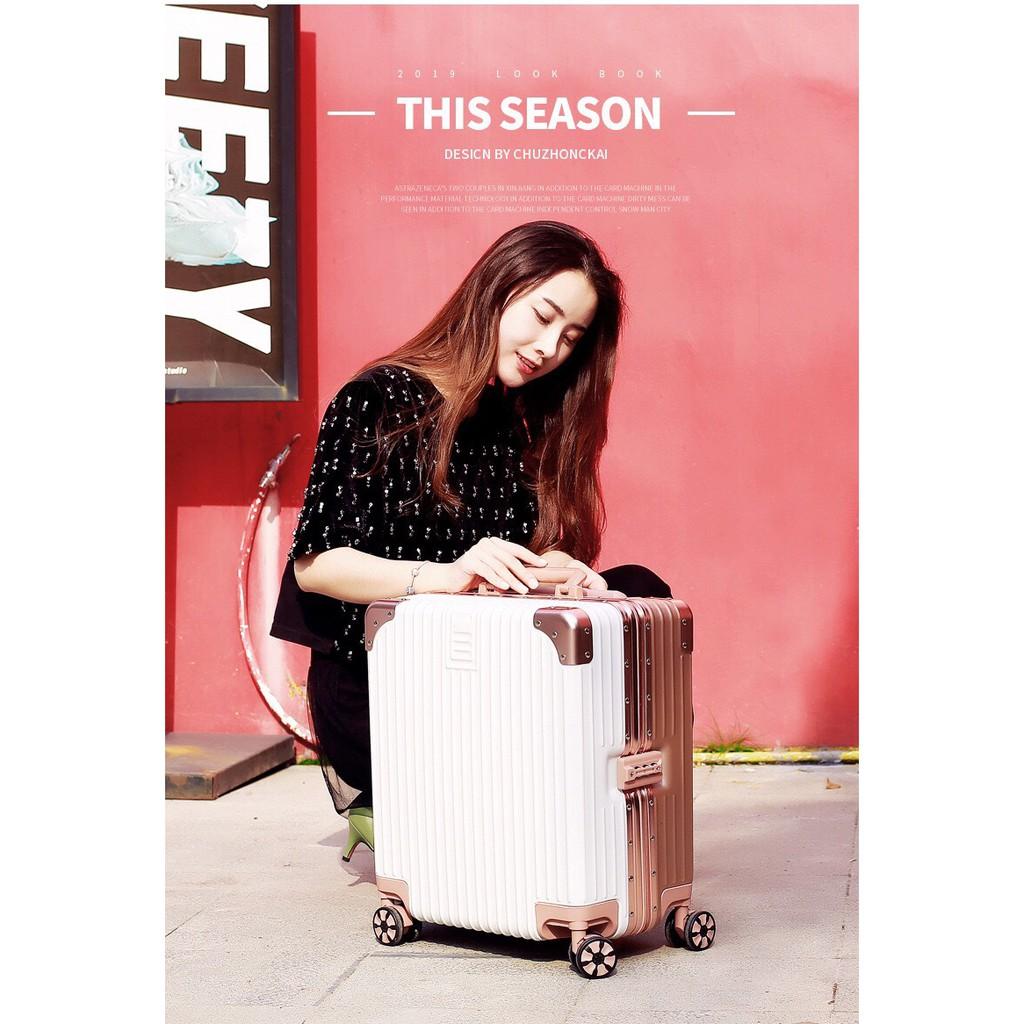 กระเป๋าเดินทาง ไซส์18นิ้ว กระเป๋าล้อลาก อะลูมิเนียม กระเป๋าถือขึ้นเครื่อง เนื้อabs+pc แถมผ้าคลุมและสติ๊กเกอร์