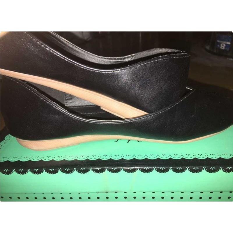 รองเท้าคัชชู สีดำ kitepretty