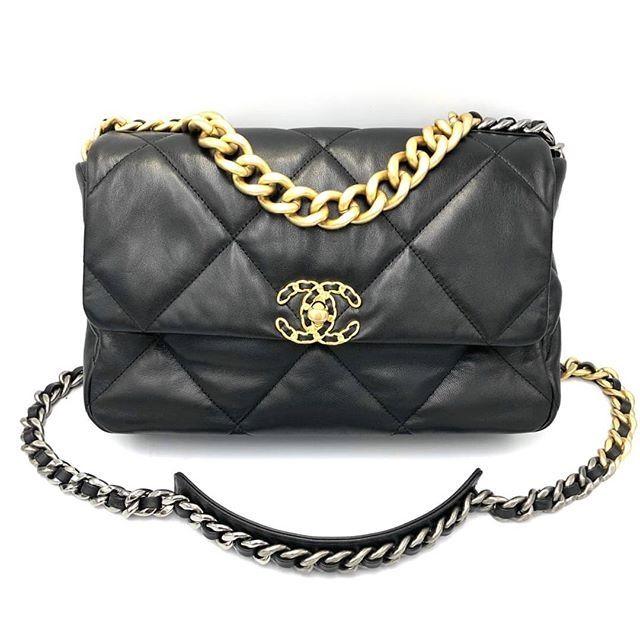 New Chanel 19 Flap Bag Black 30 Cm  Goat skin ทนค่า เบาค่ะ อะไหล่ทอง อะไหล่เงิน และ ruthenium holo 291 180,999฿