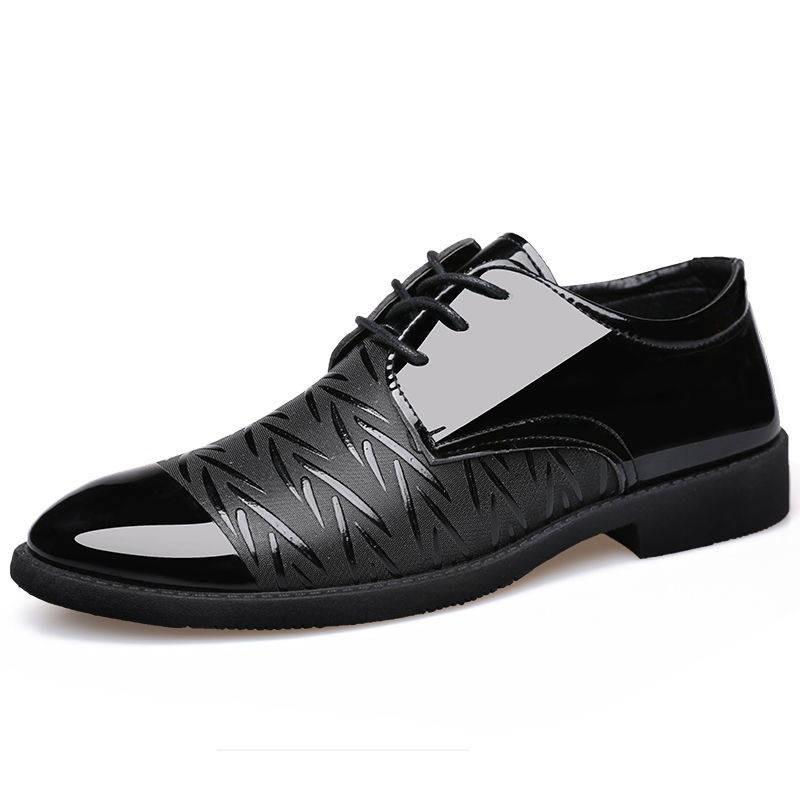 รองเท้าชาย รองเท้าคัชชูผู้ชาย รองเท้าหนังผู้ชายรองเท้าผู้ชาย 2020 ฤดูใบไม้ร่วงใหม่เยาวชนธุรกิจอังกฤษสีดำสบาย ๆ ระบายอากา