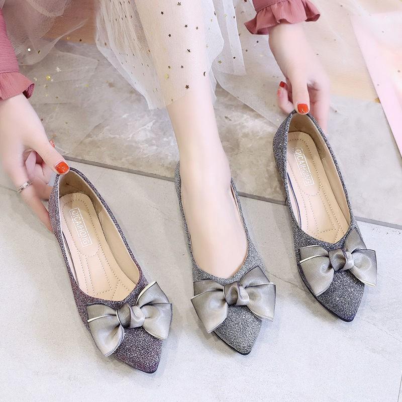 🍊รองเท้าคัชชูผู้หญิง รองเท้าหัวแหลม รองเท้าผู้หญิงเปิดส้น รองเท้าแฟชั่น รองเท้าส้นสูงแฟชั่น พื้นยางแบบสวมใส่สบาย