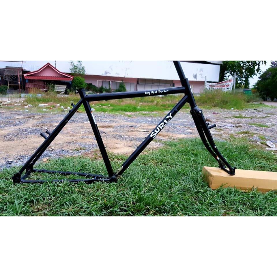 (เฟรมเซต) จักรยานทัวริ่ง SURLY Long Haul Trucker ล้อ26นิ้ว สีดำเงา
