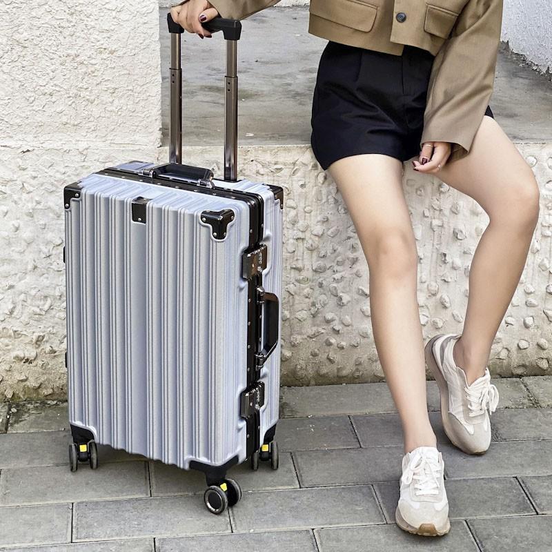 กระเป๋าเดินทางสุทธิสีแดงใหม่กระเป๋าเดินทางขนาดเล็ก20นิ้วกระเป๋าเดินทางหญิง24นิ้วความจุขนาดใหญ่ชาย