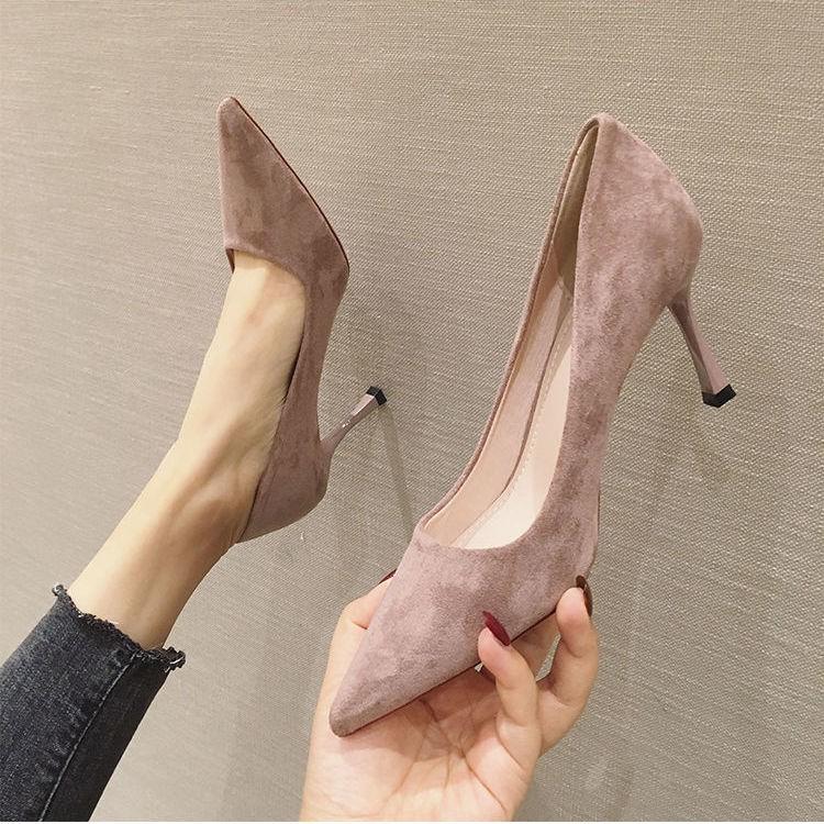 รองเท้าคัชชูหัวแหลมผู้หญิงใหม่เกาหลีสีดำรองเท้าส้นสูงผู้หญิงกริชเซ็กซี่ทุกคู่รองเท้า