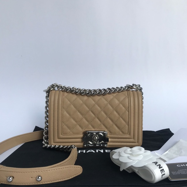 "used like new chanel boy8"" fullset"