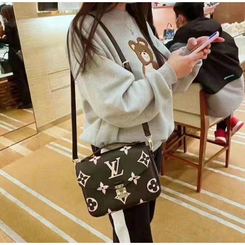 ♋ぱ กระเป๋าเป้สะพายหลัง★★★❤🔥🔥กระเป๋ากระเป๋าเดินทาง ซื้อ LV Louis Vuitton กระเป๋าผู้หญิงรุ่นใหม่จำกัด Metis กระเป๋าสะพาย