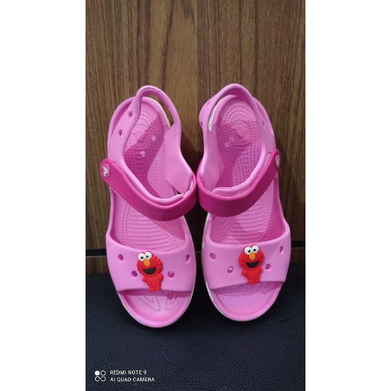 รองเท้าเด็กโต crocs แท้