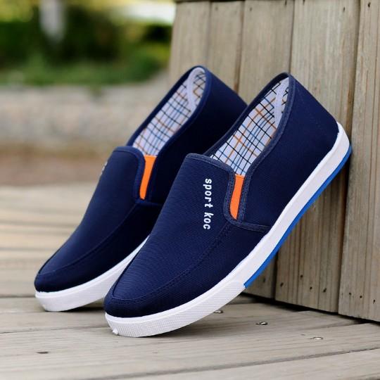 ?สามารถสวมใส่ได้ไม่กี่ปี ? รองเท้าผ้ากันลื่นรองเท้าผ้าใบลำลองระบายอากาศ รองเท้าผ้าใบวิ่ง.