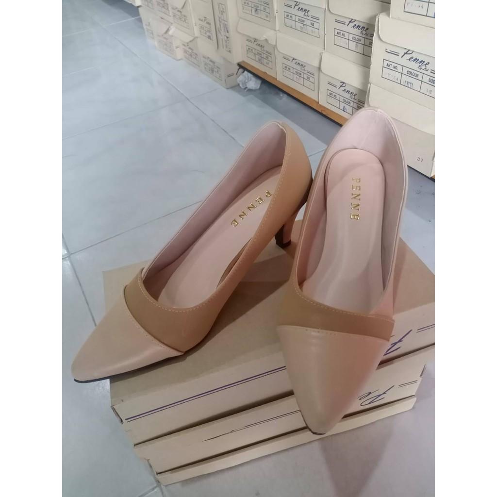 รองเท้าผู้หญิง รองเท้าคัชชูมีส้น รองเท้าหนังนิ่ม พื้นนิ่ม หัวแหลมทรงสวย