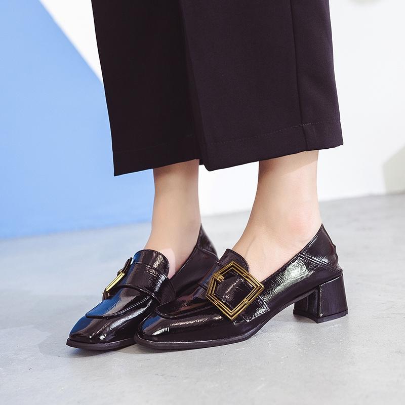 รองเท้าคัชชู หัวแหลม สไตล์อังกฤษ สำหรับผู้หญิง