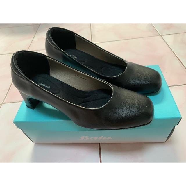 รองเท้า Bata คัชชูสีดำ