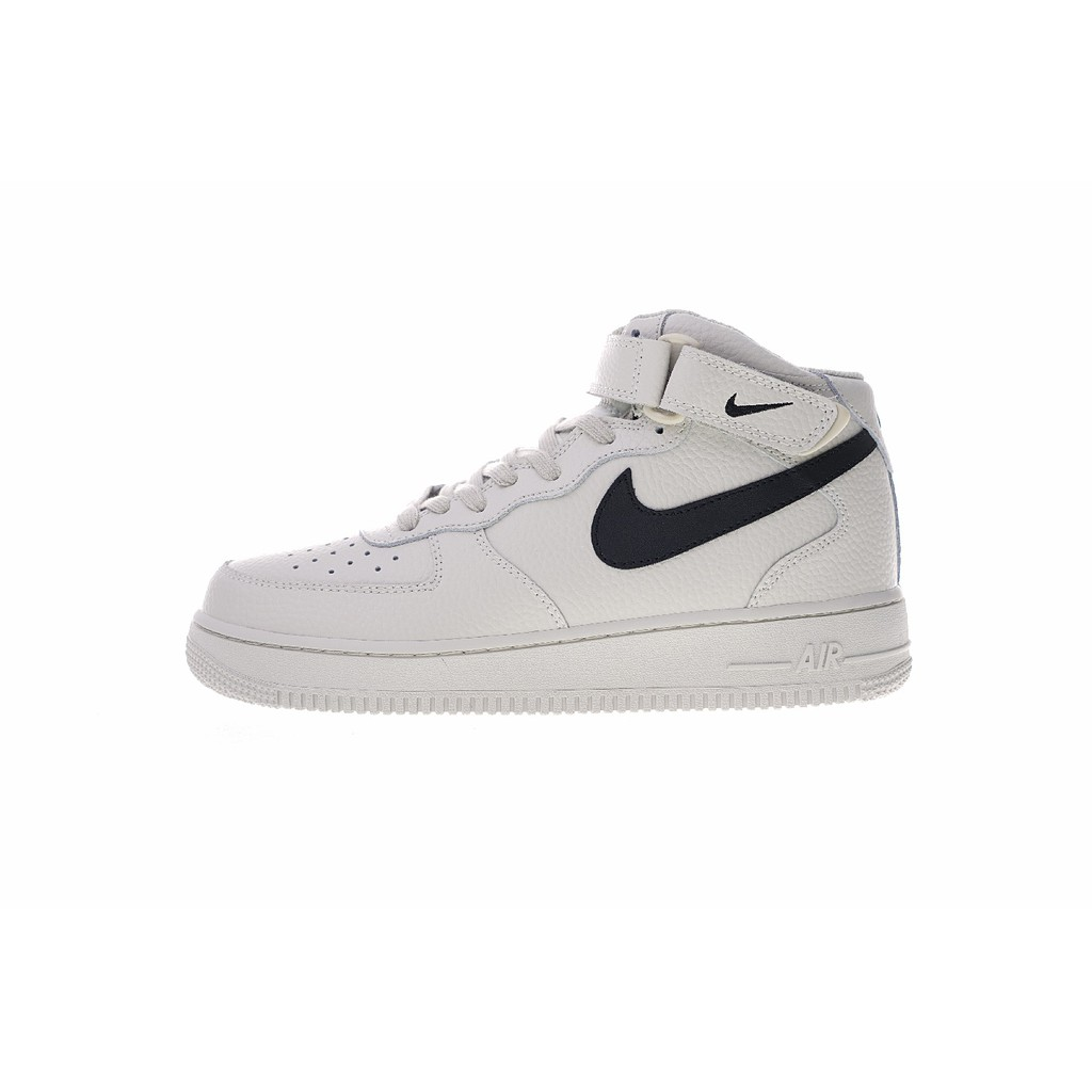 771ea1093c9 Nike Air Force 1 07 lv8 รองเท้าลำลอง