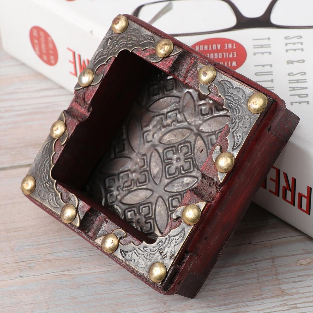 Cigarette Ashtray Creative Wooden Fashion Ash Holder Storage Box Ashtray for Restaurant Office