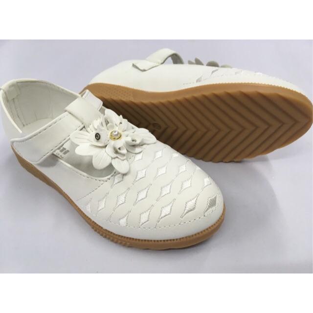 👸รองเท้าคัชชูเด็กผู้หญิง รองเท้าออกงานเด็กผู้หญิง  สีขาว ไซส์ 31-36