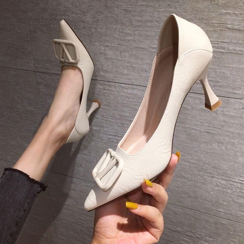 รองเท้า gg ส้นสูง martin รองเท้าคัชชู รองเท้าคัทชูหัวแหลมสีดำสาวเกาหลีเซ็กซี่รองเท้าส้นสูงหญิงปั๊มกริช