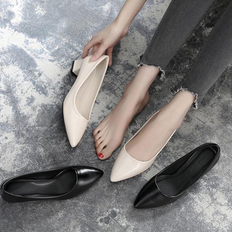 รองเท้าส้นสูง หัวแหลม ส้นเข็ม ใส่สบาย New Fshion รองเท้าคัชชูหัวแหลม  รองเท้าแฟชั่นรองเท้าทำงานหญิงสัมภาษณ์ดำมืออาชีพไปท