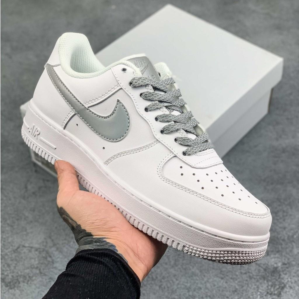 Nike / Nike Air Force 1 Low Retro AF1 Air Force One 3M รองเท้าวิ่ง / รองเท้าผ้าใบสะท้อนแสง
