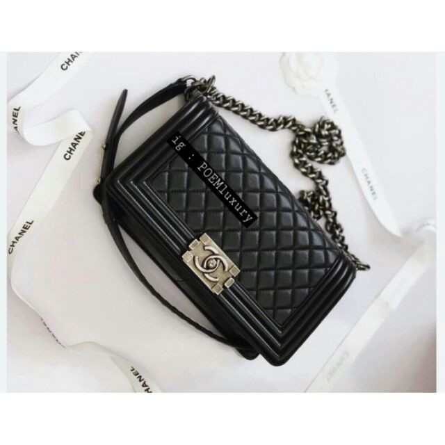 แท้】Used Chanel Boy10 black lambskin RHW HL23xxxxxx Comes with box card and dust bag price : 149,999฿