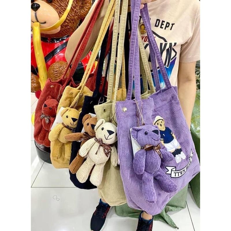 กระเป๋าผ้า สีตามหาสีม่วงจ้า แบรนด์ TTWN Bear
