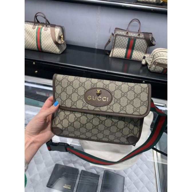 Gucci 493930 GG Supreme belt bag tiger head waist bag กระเป๋าคาดหน้าอกชายและหญิงเฉียงจุดหลัง