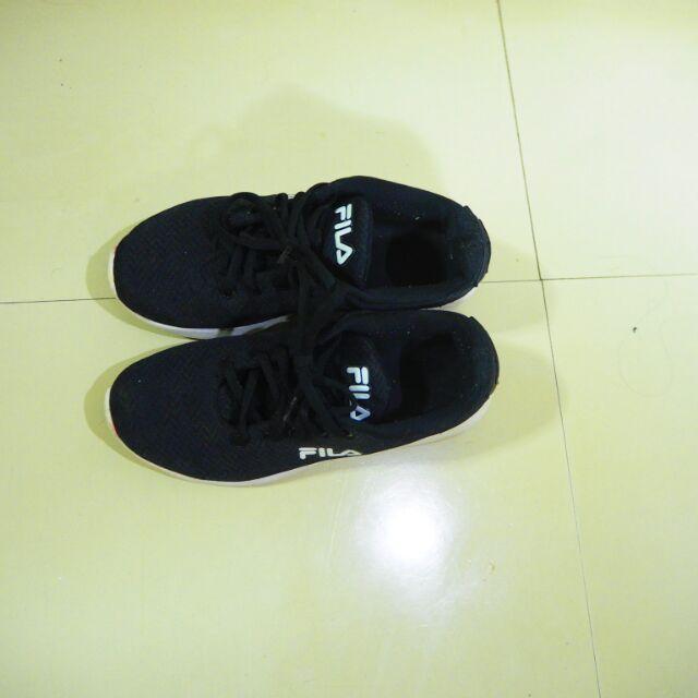 รองเท้าวิ่ง fila แท้ 💯💯