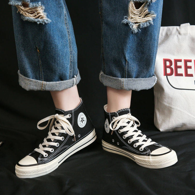 ร้องเท้า รองเท้าผู้หญิง รองเท้าคัชชู ✼รองเท้าผ้าใบสูงด้านบนนักเรียนหญิงเกาหลีฮ่องกงลมย้อนยุครองเท้าเด็กหลายร้อยของ 2021