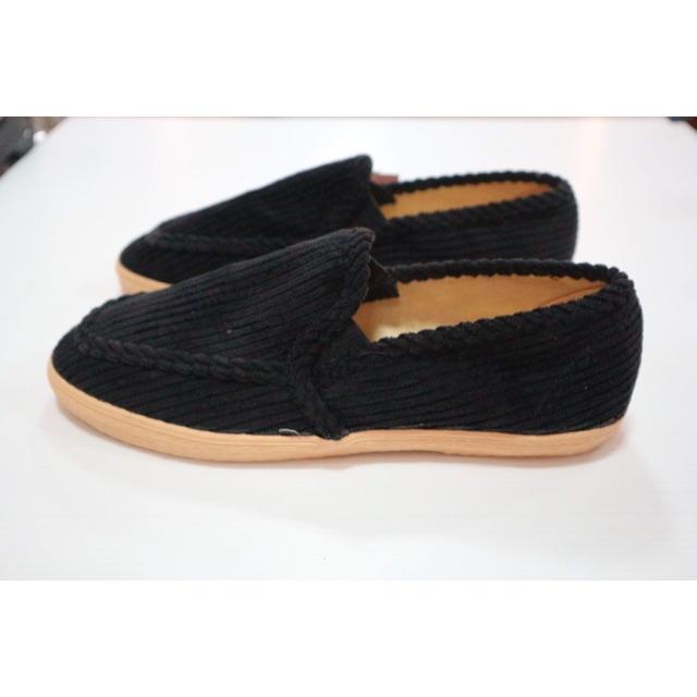 รองเท้าคัชชูลูกฟูก สีดำ พร้อมส่ง‼️