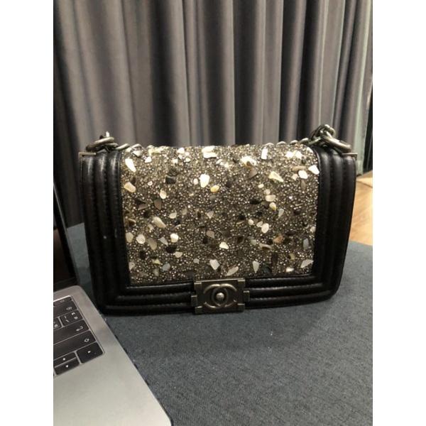 กระเป๋ามือสอง Chanel Boy หน้าเพชร