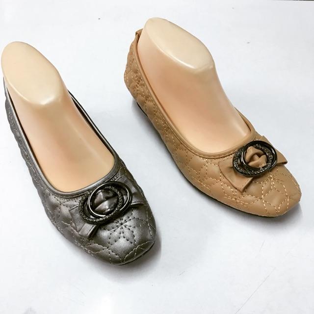 รองเท้าผู้หญิง Tripper คัชชูส้นเตี้ย ใส่สบาย พร้อมส่ง size35-40