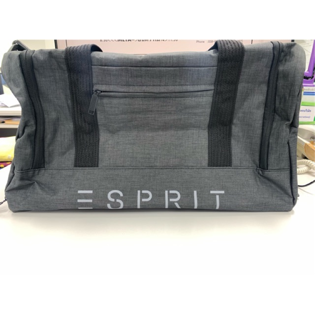 กระเป๋าเดินทาง  ผ้า ยี่ห้อ Esprit ของใหม่   ไม่เคยใช้  ถ้าชอบจริงๆ ต่อรองได้นิดหน่อย