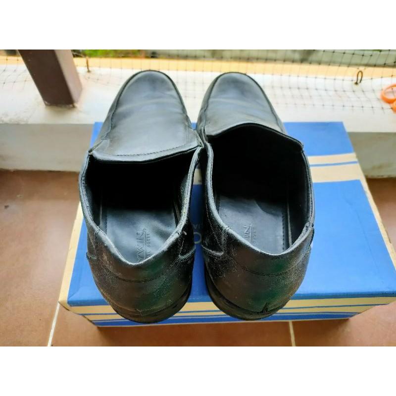 รองเท้าคัชชูสำดำผู้ชาย