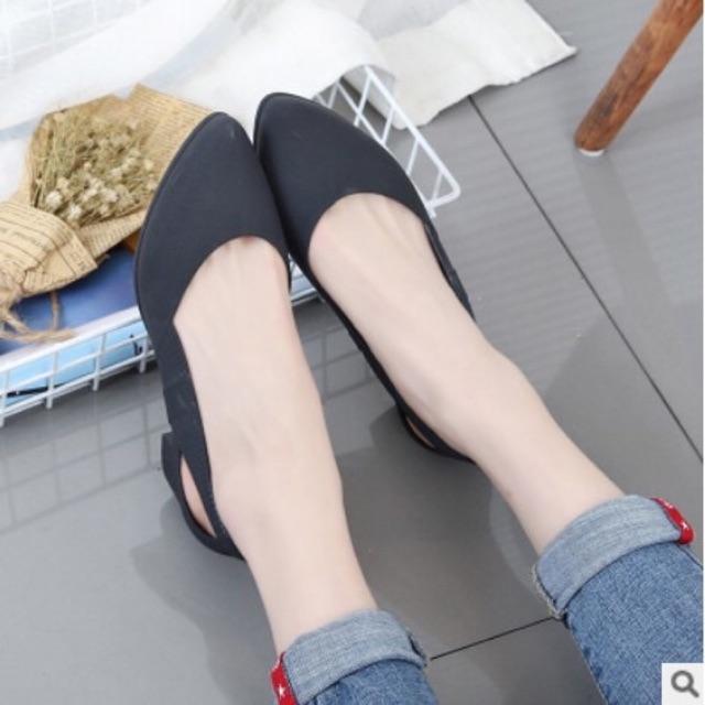 รองเท้าคัชชูพื้นยางซิลิโคน รัดส้น