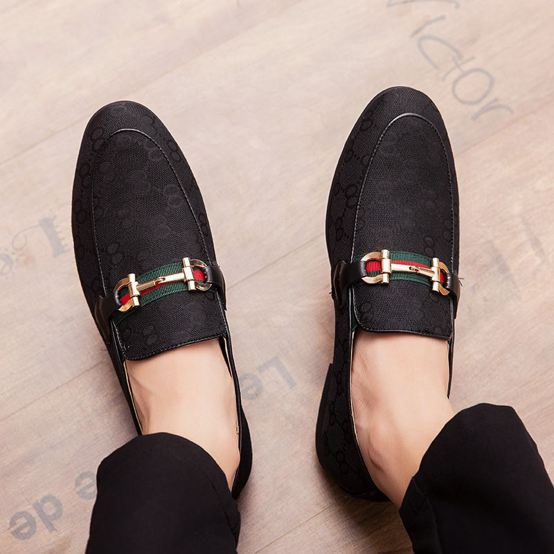 รองเท้าผู้ชาย size38~45 รองเท้า ไซส์ใหญ่ รองเท้าหนังแบบสวม รองเท้าหนัง รองเท้าคัชชูสีดำ รองเท้าผู้ชาย slip ons เพิ่มความสูง