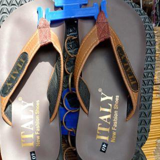 รองเท้าแตะหนังเทียมitaly40_44