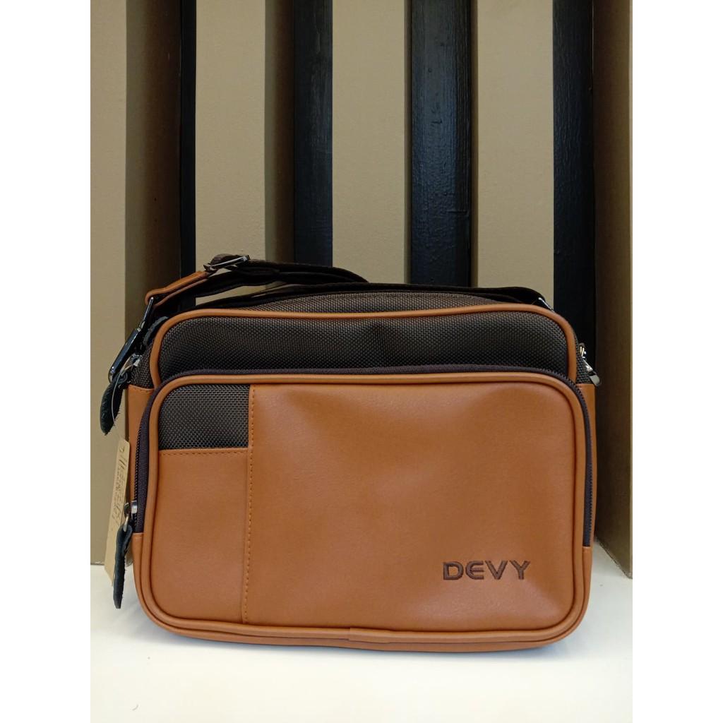 กระเป๋าสะพายข้างทรงยาว DEVY สีน้ำตาล