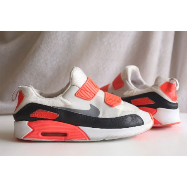 Nike Air Max Tiny 90 (PS) Kids ยาว 21cm EU33.5 แท้ สลิปออนนุ่มๆ ใน shop ยังมีขาย