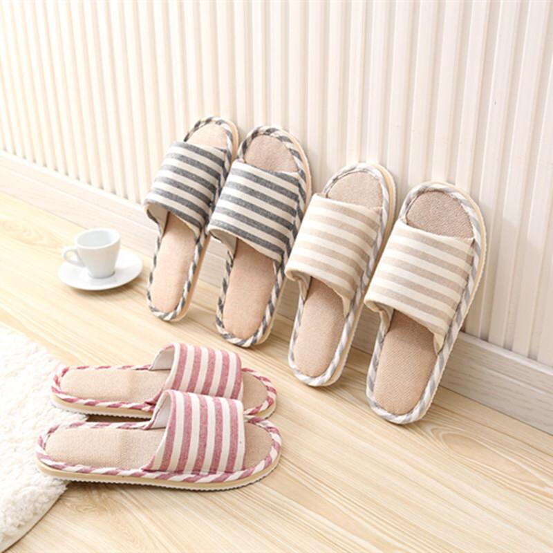 รองเท้า รองเท้าใส่ในบ้าน ใส่ในออฟฟิศ ลายขีด (เพิ่ม1ไซส์จากปกติ) พื้นมีกันลื่น สไตล์ญี่ปุ่น.