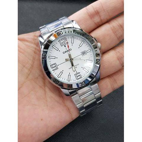 นาฬิกา คาสิโอ Casio STANDARD Analog สายสแตนเลส MTP-VD01D-7B สินค้าประกันศูนย์ CMG ทุกเรือน