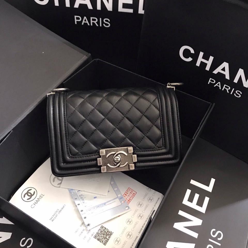 """กระเป๋า Chanel boy min size 8"""" กระเป๋าสะพายข้าง หนังแท้ทั้งใบ มีหนังแลมป์แท้ หนังคาเวียร์แท้"""
