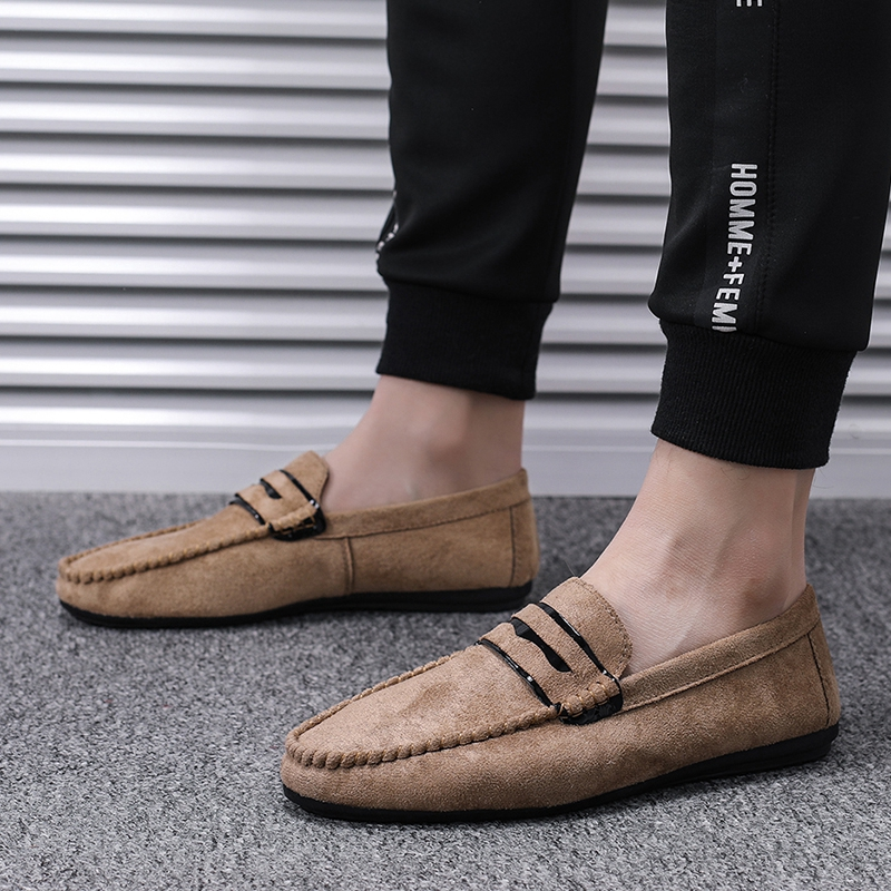 📍📍📍 Ready stock รองเท้าโลฟเฟอร์หนัง สีดำ สำหรับผู้ชาย คัชชูผู้ รองเท้าหนัง เกาหลี รองเท้าผู้ แบบ สวม ไม่มี ส้น ผูกเชือก เสื้อผ้าแฟชั่น 39-44