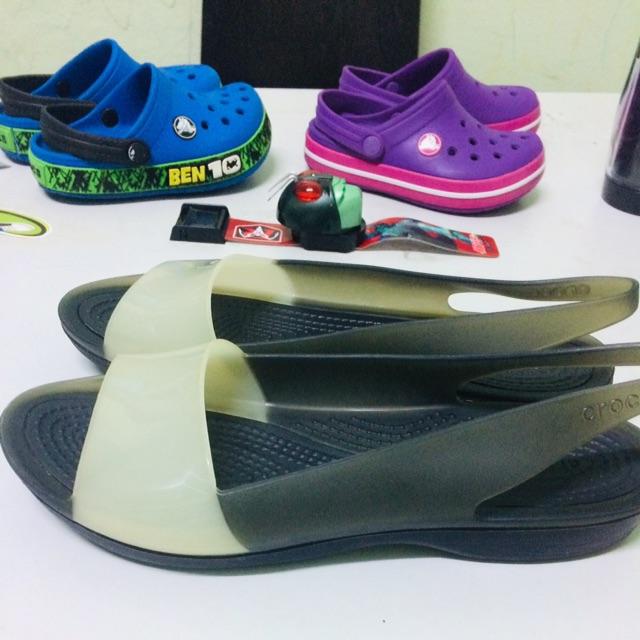 รองเท้า crocs ของแท้!